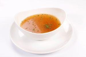 týždenné menu - polievka je vždy zastúpená v týždennom menu